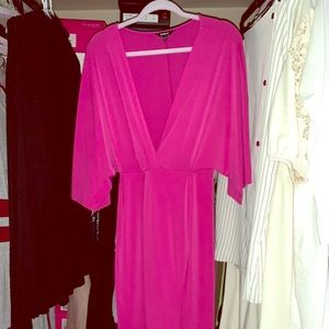 Express Batwing Midi Dress with Front Split